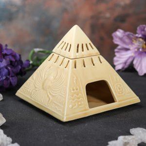 аромалампа пирамида