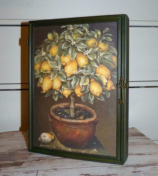 ключница лимонное дерево