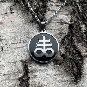 кулон крест левиафана