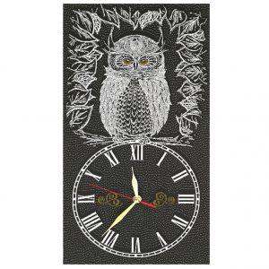 часы из гобелена сова